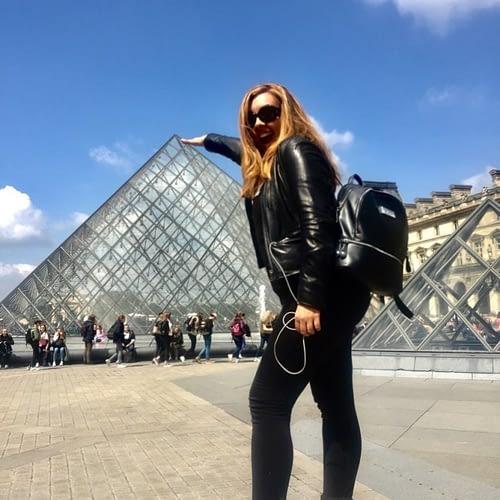 Paris-Louvre-768x1024
